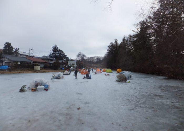 長湖氷上釣り全景