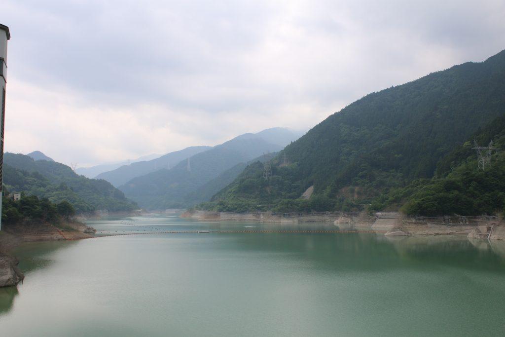 秩父さくら湖(浦山ダムのダム湖)