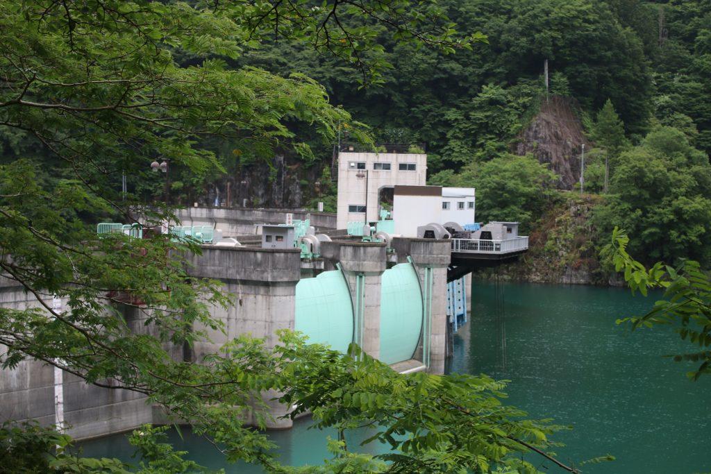二瀬ダムの洪水吐