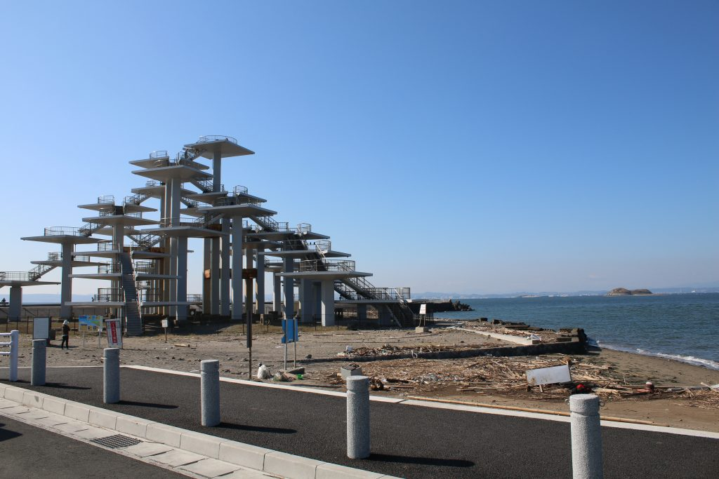 富津岬展望台と第一海堡