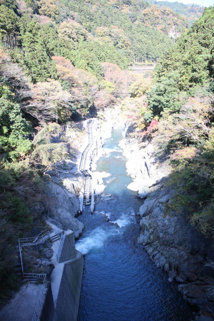 白丸調整池ダムの魚道(2020年11月)