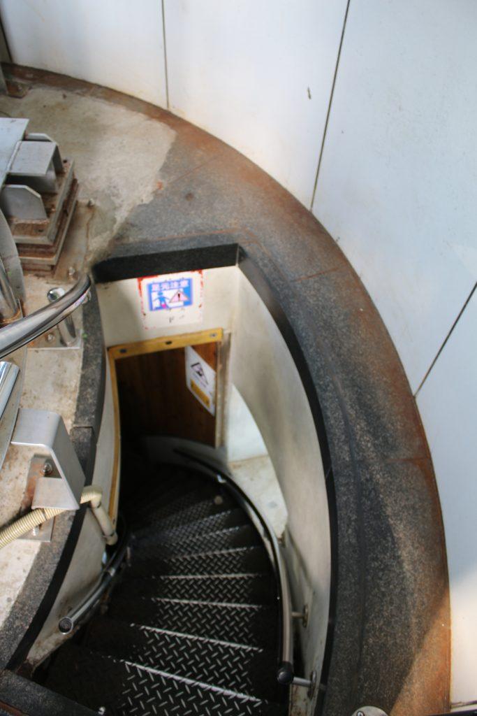 犬吠埼灯台上部に上る階段(2020年11月)