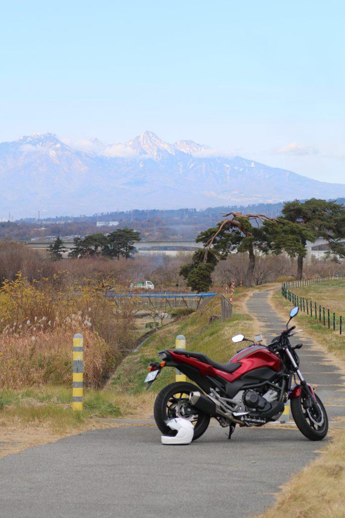 NC750Sと八ヶ岳(2020年11月)