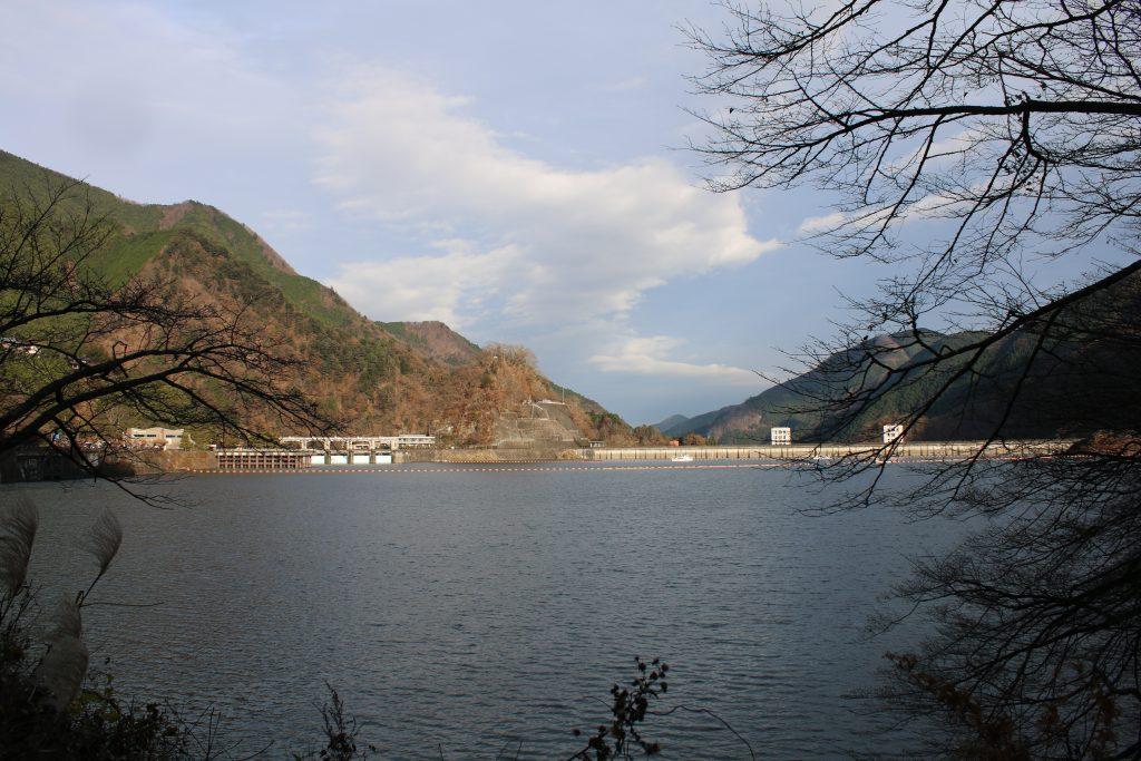 奥多摩湖と小河内ダム(2020年11月)