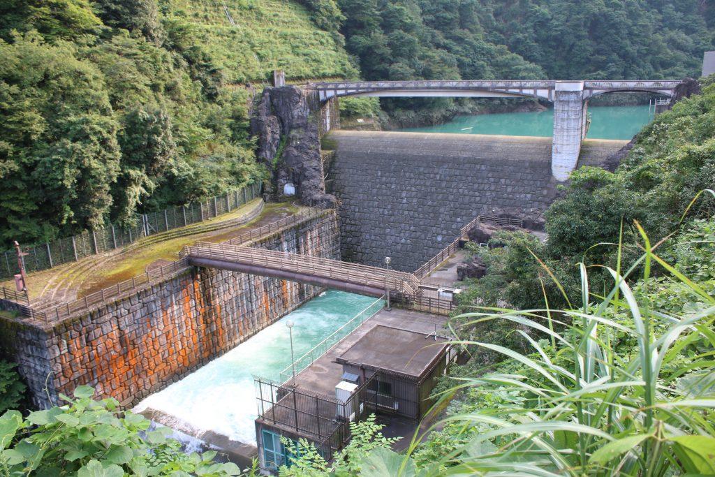 石小屋ダム全景(2020年8月)