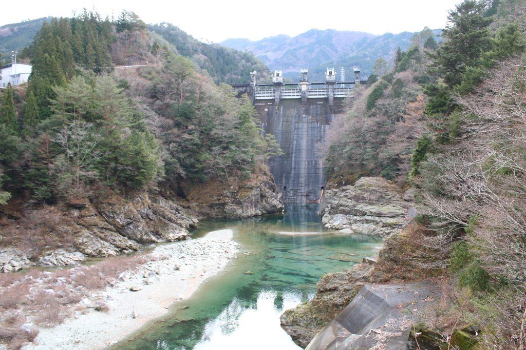 大橋ダム堤体(2020年12月)