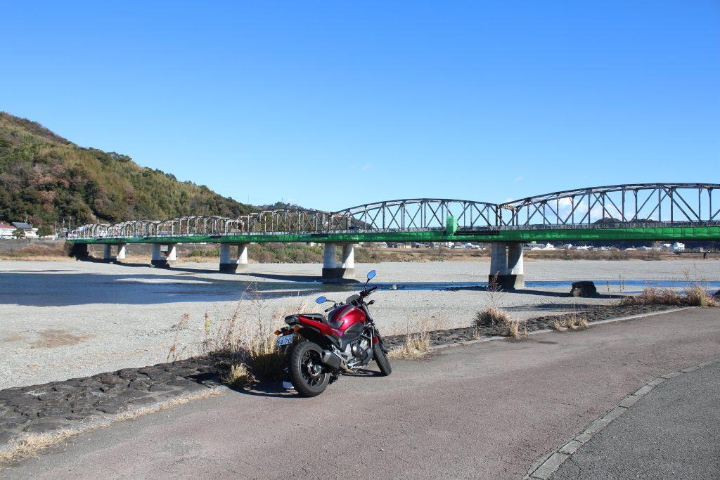 仁淀川橋とNC750S(2020年12月)
