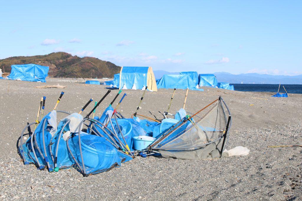 シラスウナギ漁具と小屋(2020年12月)