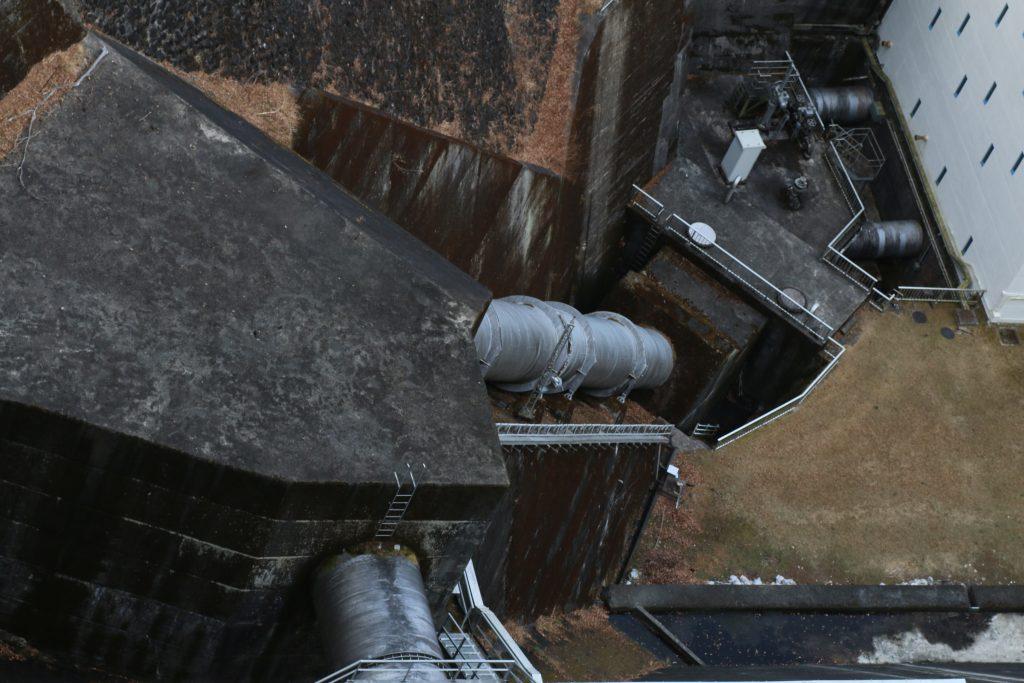 小河内ダムから発電所への導水路(2021年1月)