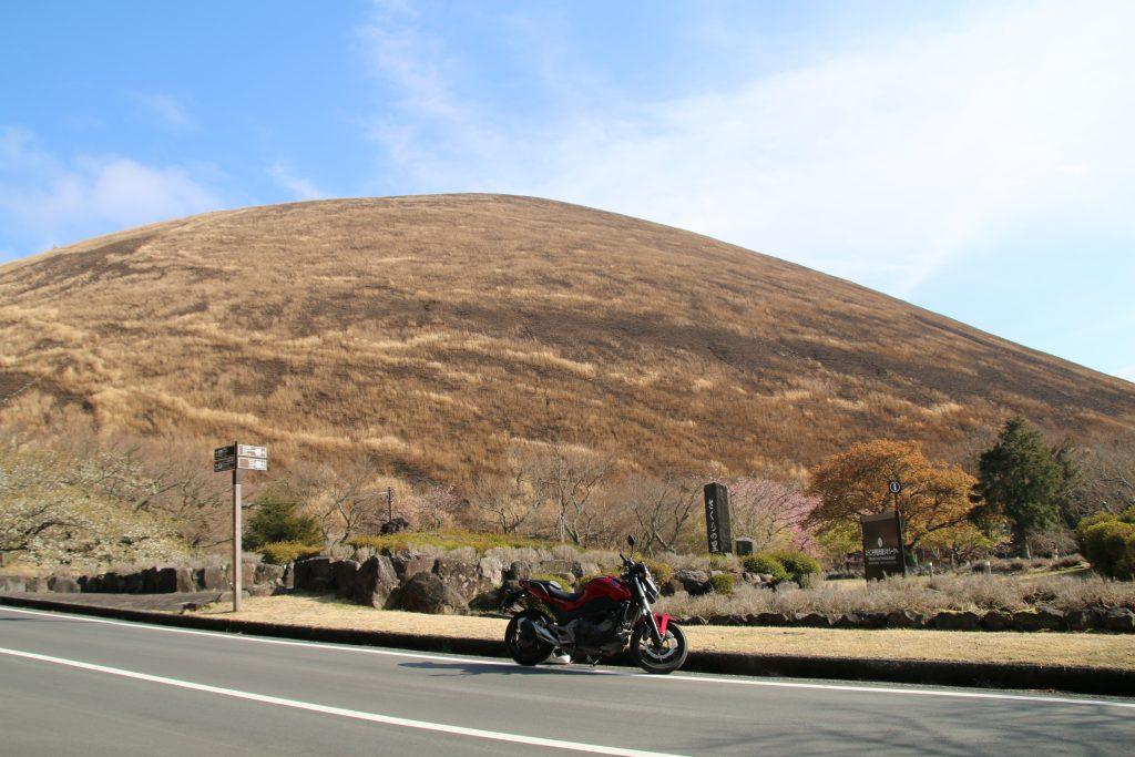大室山とNC750S