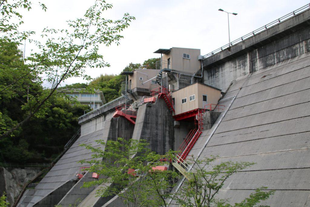 鏡ダムの機械室(2021年4月)