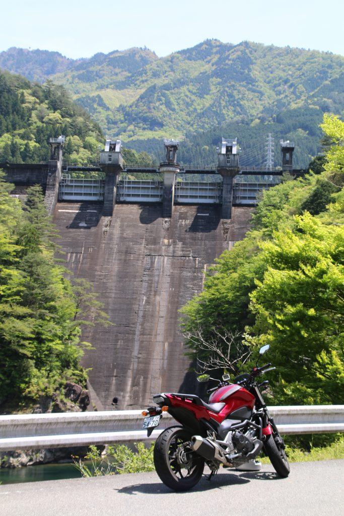 NC750Sと大橋ダム(2021年5月)