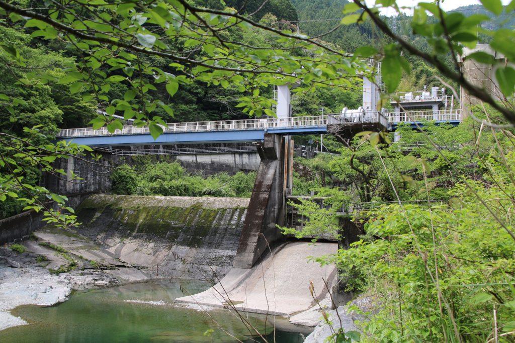 分水第四発電所の堰(2021年5月)