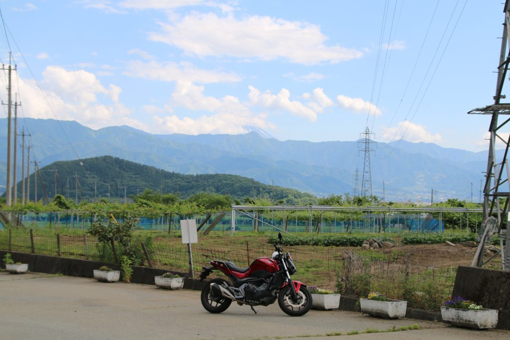 NC750Sと富士山@フルーツライン(2021年5月)