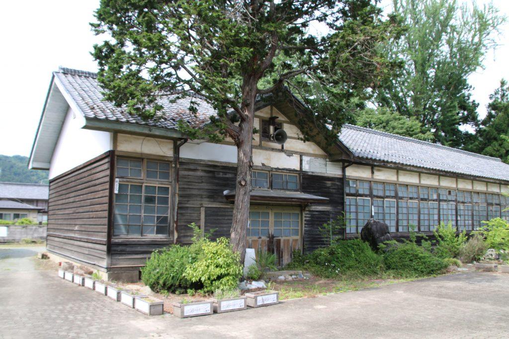 道の駅上州おこしの廃校跡(2021年5月)